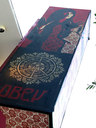 obey sign 2